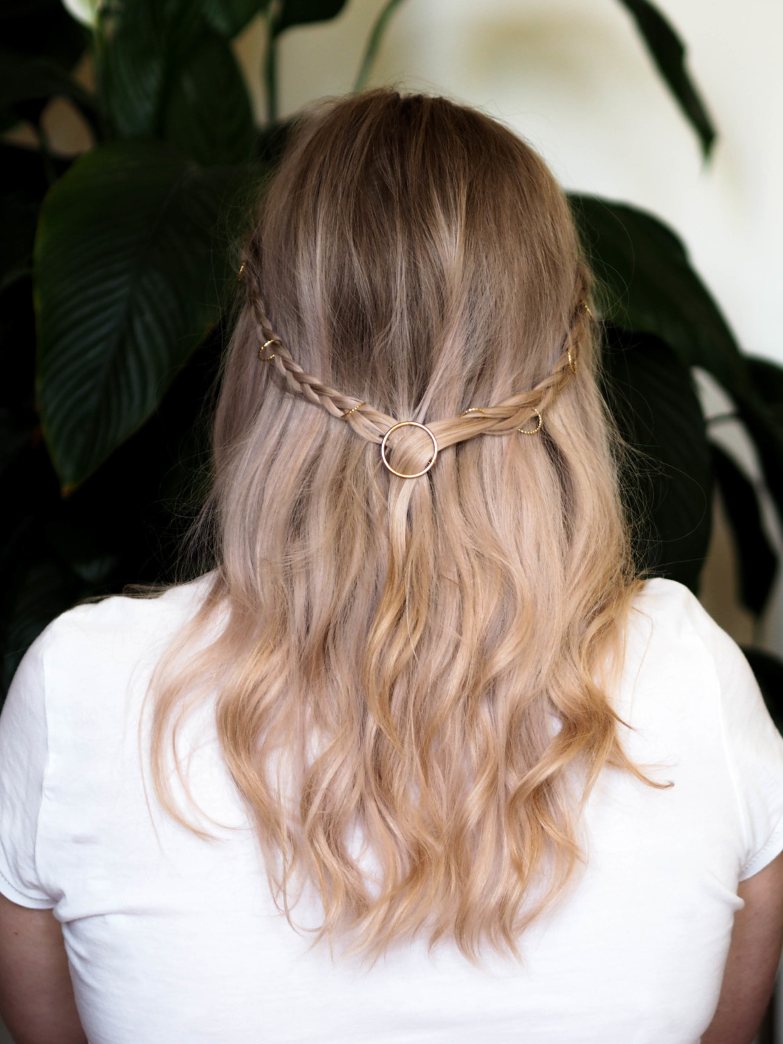 Christmas party hair for people who are rubbish at hair